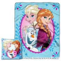 """Disney's Frozen """"Nordic Family"""" Pillow & Throw Set - by The Northwest Company - B01416FQSO"""